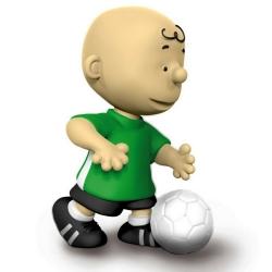 Figura Schleich® Peanuts Snoopy, Charlie Brown Futbolista (22078)