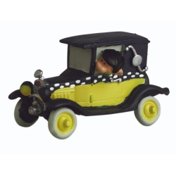 Collectible figurine Plastoy Gaston Lagaffe in his car Fiat 509 62105 (2021)