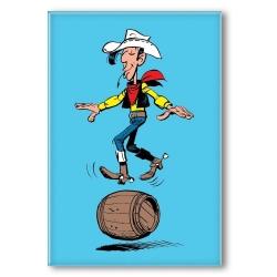 Aimant magnet décoratif Lucky Luke, en équilibre sur un tonneau (55x79mm)