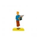 Figurine en métal de collection Tintin tenant un journal 29225 (2012)