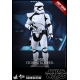 Figure by Hot Toys Star Wars First Order Stormtrooper Squad Leader 1/6 (902539)