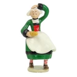 Figurine de collection Pixi Bécassine avec une baguette de pain 6445 (2012)