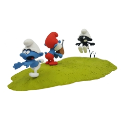 Collectible scene Fariboles The Smurfs, the Black Smurf Hunting (2017)