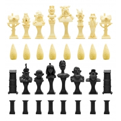 Resin Chess Set with Asterix and Obelix figures from Plastoy 00507 (2017)