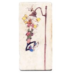 Placa de mármol de colección Tomás el Gafe colgando de la farola (10x20cm)