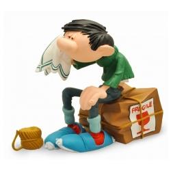 Figurine de collection Plastoy Gaston Lagaffe assis sur une caisse Fragile (316)