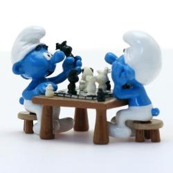Figurine de collection Pixi Les Schtroumpfs: La partie d'échecs (2017)