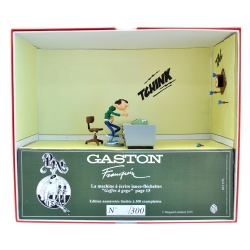 Collectible Figurine Pixi Gaston Lagaffe Typewriter launches darts 6588 (2019)