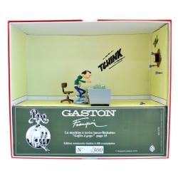 Figura de colección Pixi Tomás el Gafe máquina de escribir a dardos 6588 (2019)