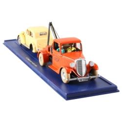 Collectible car Tintin: Luxor tow truck and crashed car Nº23/24 (2003)