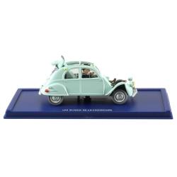 Voiture de collection Tintin: La 2CV Citroën emboutie Nº33 29033 (2004)